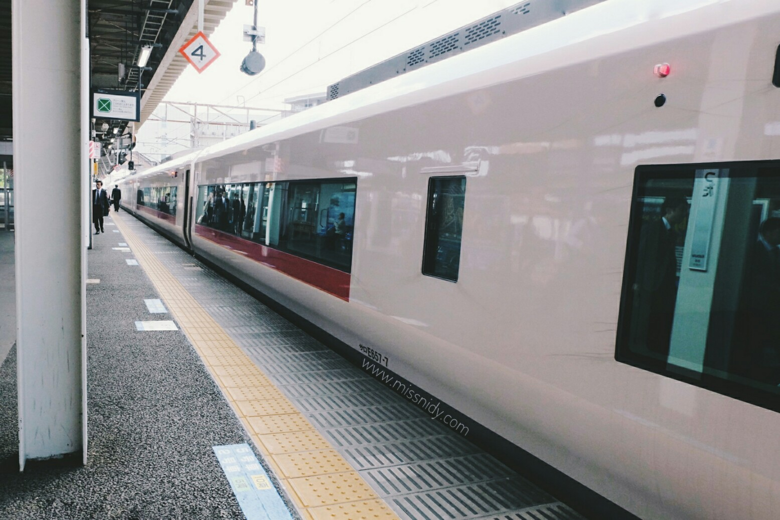 naik shinkansen di jepang