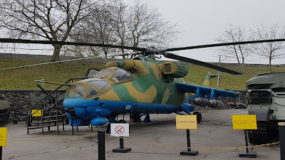 elicottero da guerra