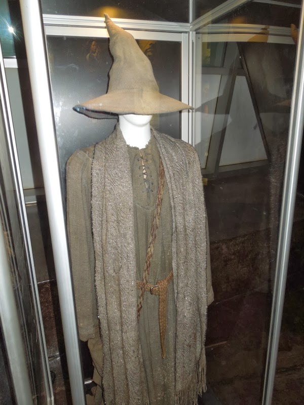 Wizard Gandalf Grey costume Hobbit 2