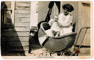 Juliette Beauvais and her daughter Mariette Desgroseilliers in 1928 in Hearst Ontario Canada