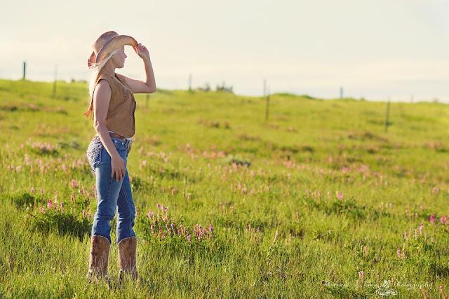 Kadang Kita Terlalu Sibuk Mencari Pengakuan Sampai Lupa Untuk Bersyukur