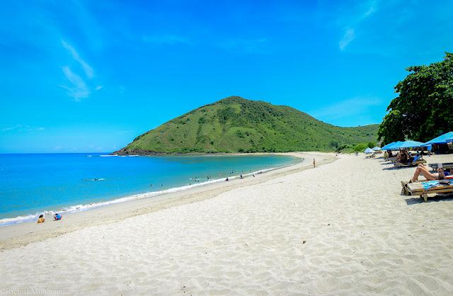 Pantai-Mawun-Lombok