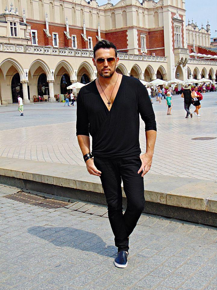 4937cc2897ebf Co nosić, jak się ubierać, jaka stylizacja, co nam pasuje, w czym wypada  chodzić itp? Takie pytania często sobie zadajemy!