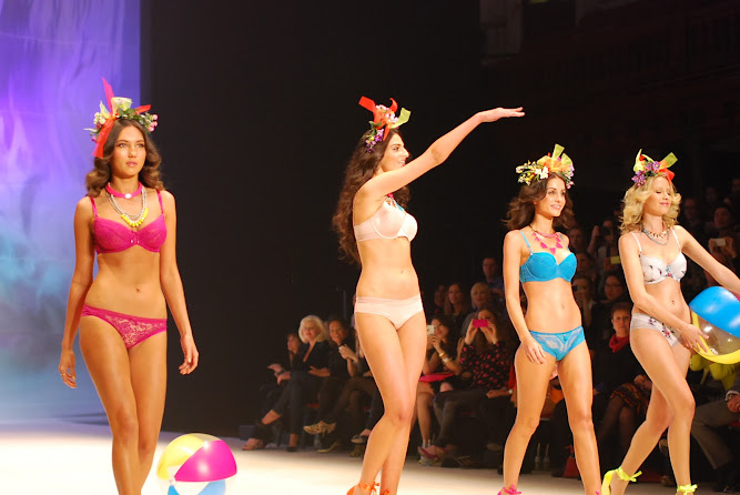 Evollove Lingerie Sydney 2012 Mercedes Benz Fashion Festival