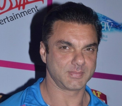 Sohail Khan Family Wife Son Daughter Father Mother Marriage Photos Biography Profile