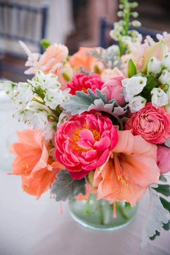 Beautiful bridal spring wedding centerpiece ideas