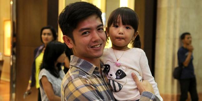 Lucunya Anak Nicky Tirta, Centil dan Suka Dandan