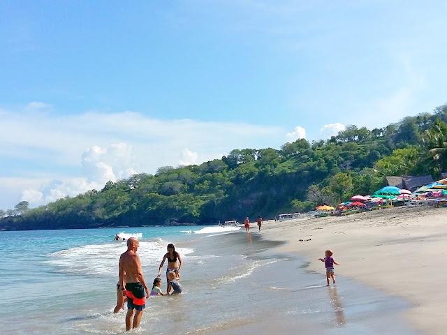 пляж для купания на бали