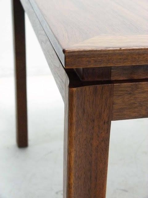 Edward J Wormley Modern Walnut Dining table by Dunbar Corner Detail