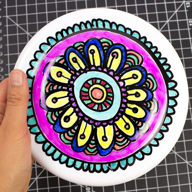How to Doodle on Frisbees with Kids