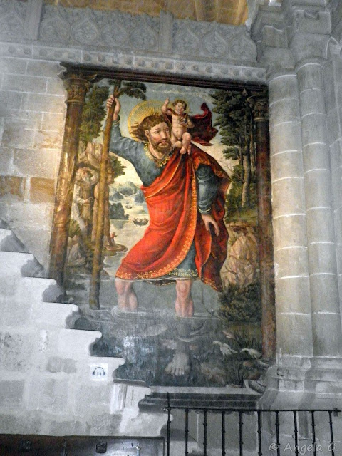 Fresco de San Cristóbal.