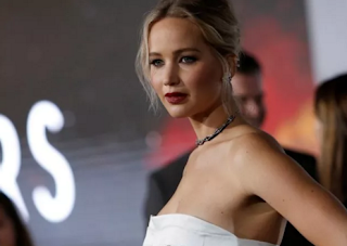 Jennifer Lawrence to quit acting for a year to 'fix our democracy'