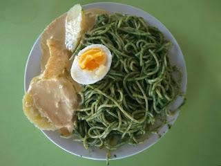 tallarines verdes salsa verde salsa pesto