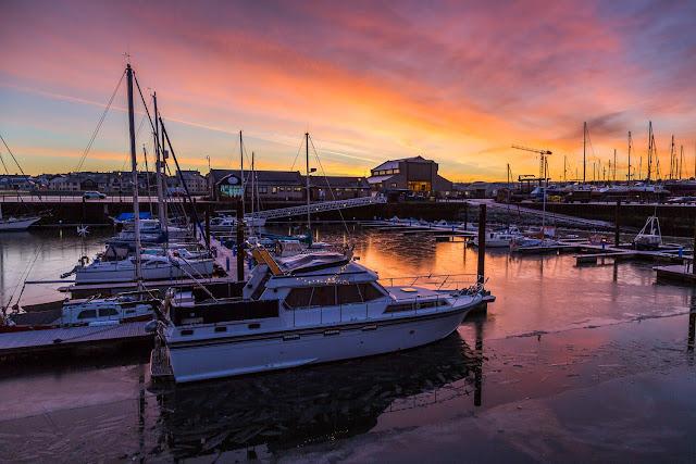 Photo of a freezing cold sunrise at Maryport Marina