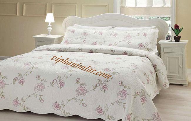 Çiçekli Günlük Yatak Örtüsü