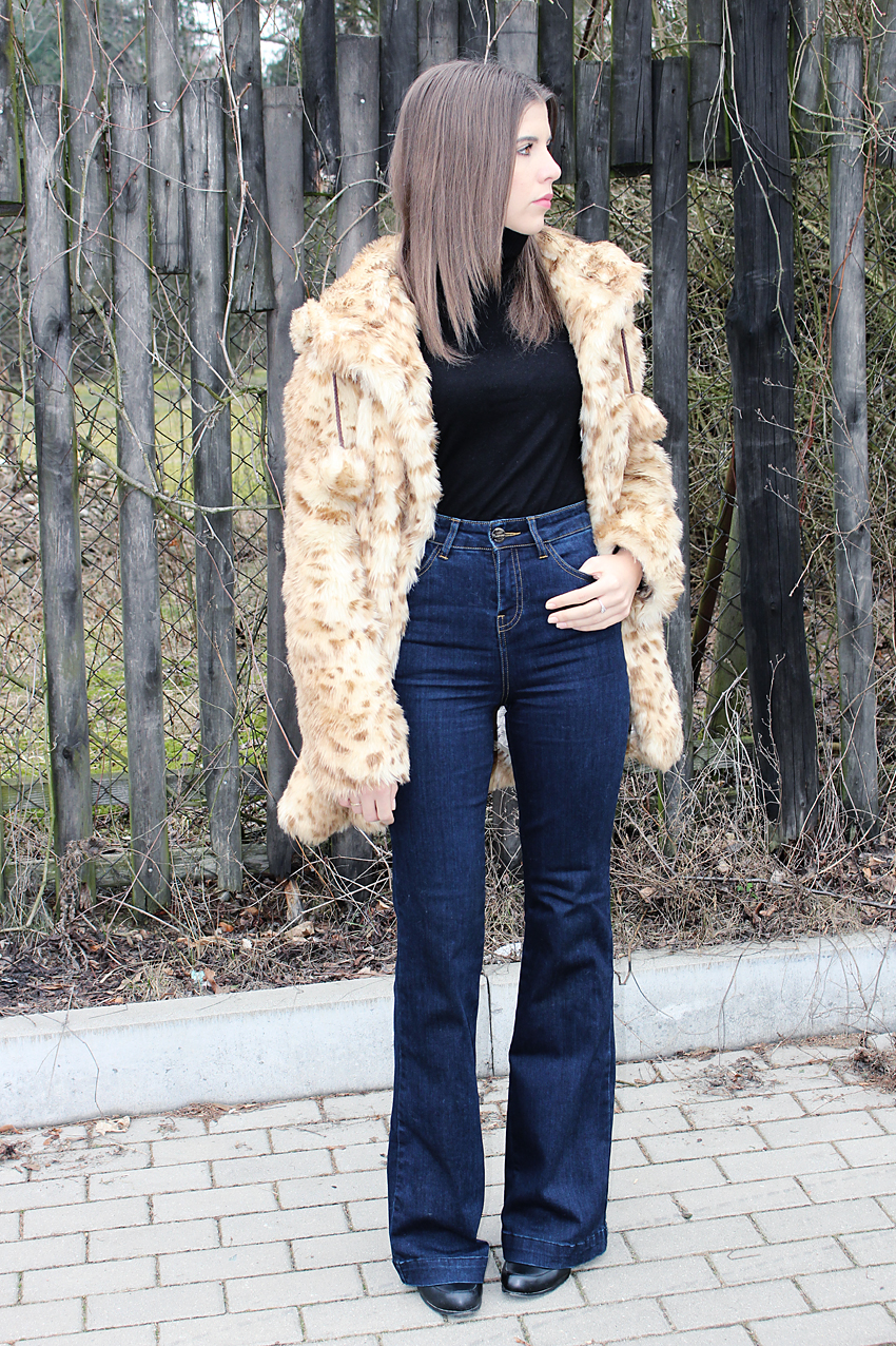 TODAY'S LOOK – BELL BOTTOMS AND FUR LEOPARD
