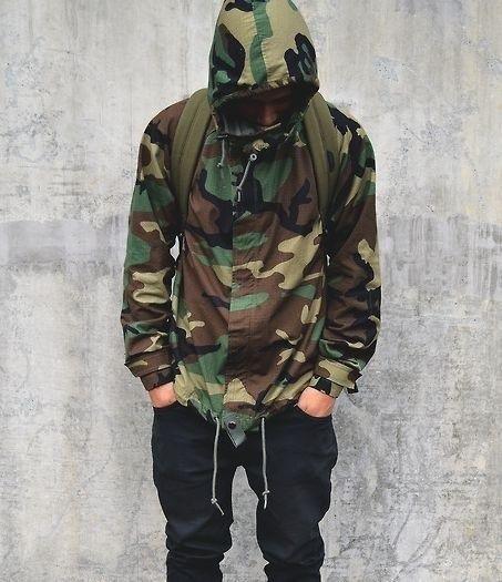 Look masculino inverno camuflagem