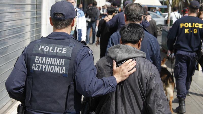 Δουλέμποροι «ξενοδόχοι» και «tour operators» διακινούσαν παράνομους μετανάστες μέσω Έβρου
