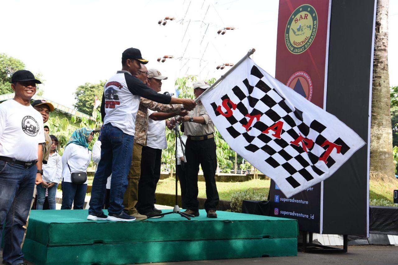Pangdam XIV Hasanuddin Bersama Ketua IOF Sulsel Lepas Peserta Touring Offroad Hasanuddin