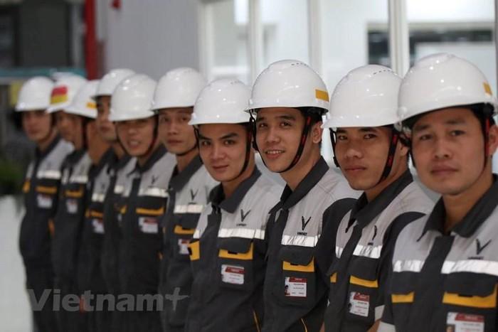 May đồng phục bảo hộ lao động uy tính, chất lượng