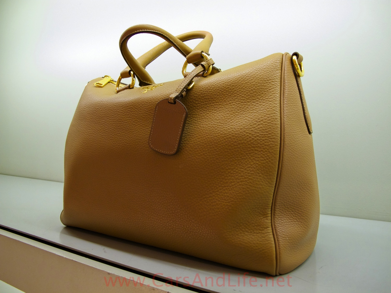 Prada Summer 2013 Handbag Collection  557cd3f1d7199