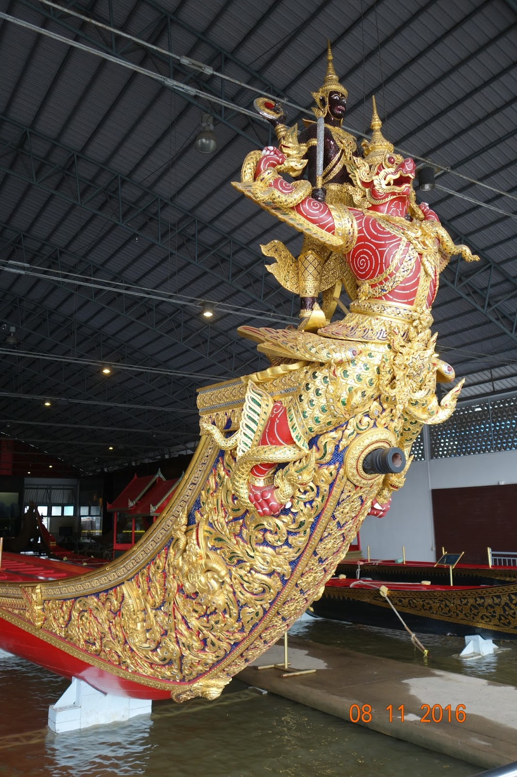 ChristianPFC - Adventures in Thailand: Royal Barges Museum