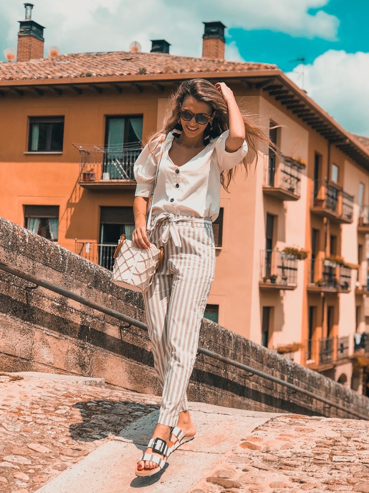pantalones de lino rayas