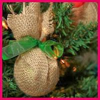 Adornos navideños de arpillera