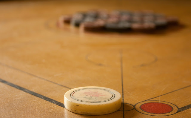 Can you play carrom board without powder?
