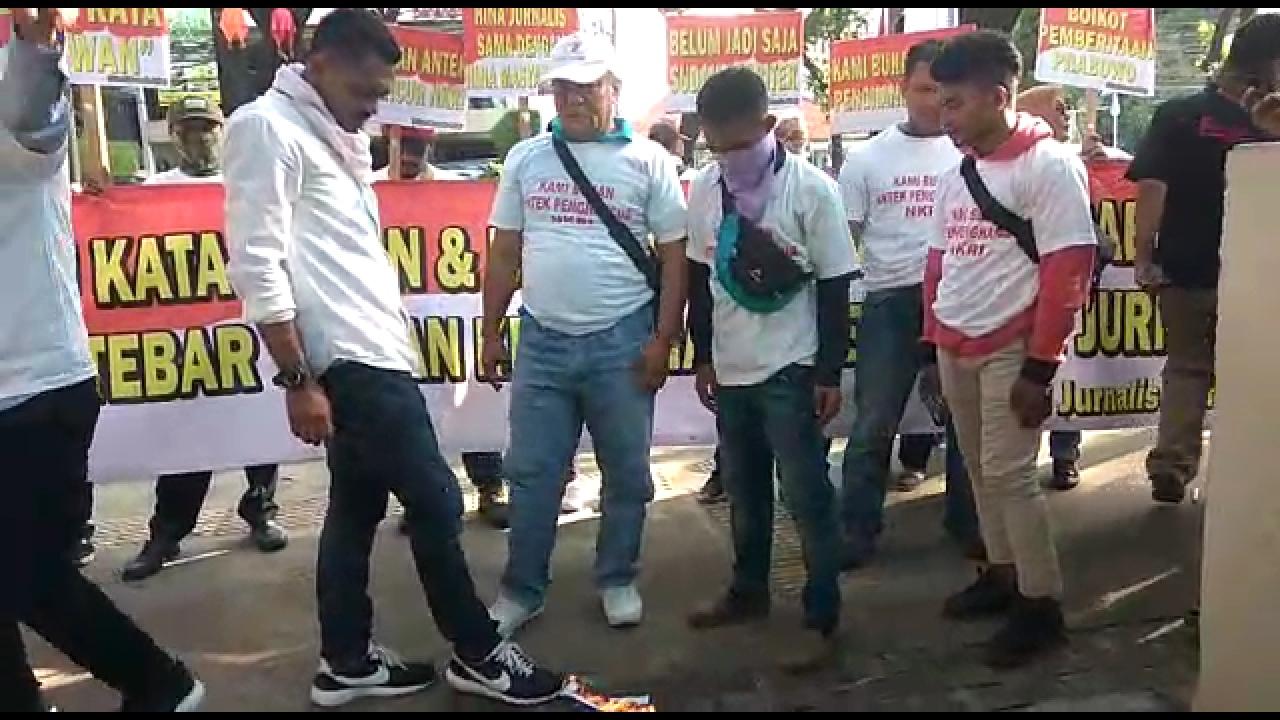Dinilai Janggal, Begini Penampakan Oknum Jurnalis Pendemo Prabowo Subianto