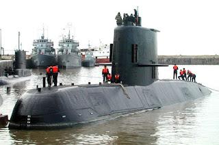 http://vnoticia.com.br/noticia/2190-submarino-desaparecido-esta-em-fase-critica-de-oxigenio-diz-marinha