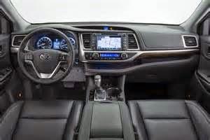 Dari segi sound sistemnya, All New Yaris juga menghadirkan sebuah sound sistem mobil yang bagus. Dibawah ini kami berikan ulasan mengenai sound sistem yang diusung.