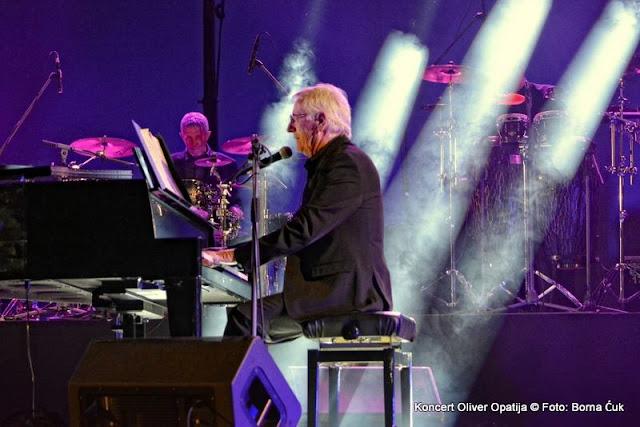 Koncert: Oliver Dragojević i gosti @ Opatija, 20.06.2015