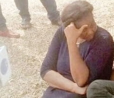 female kidnapper lure girl with sweet