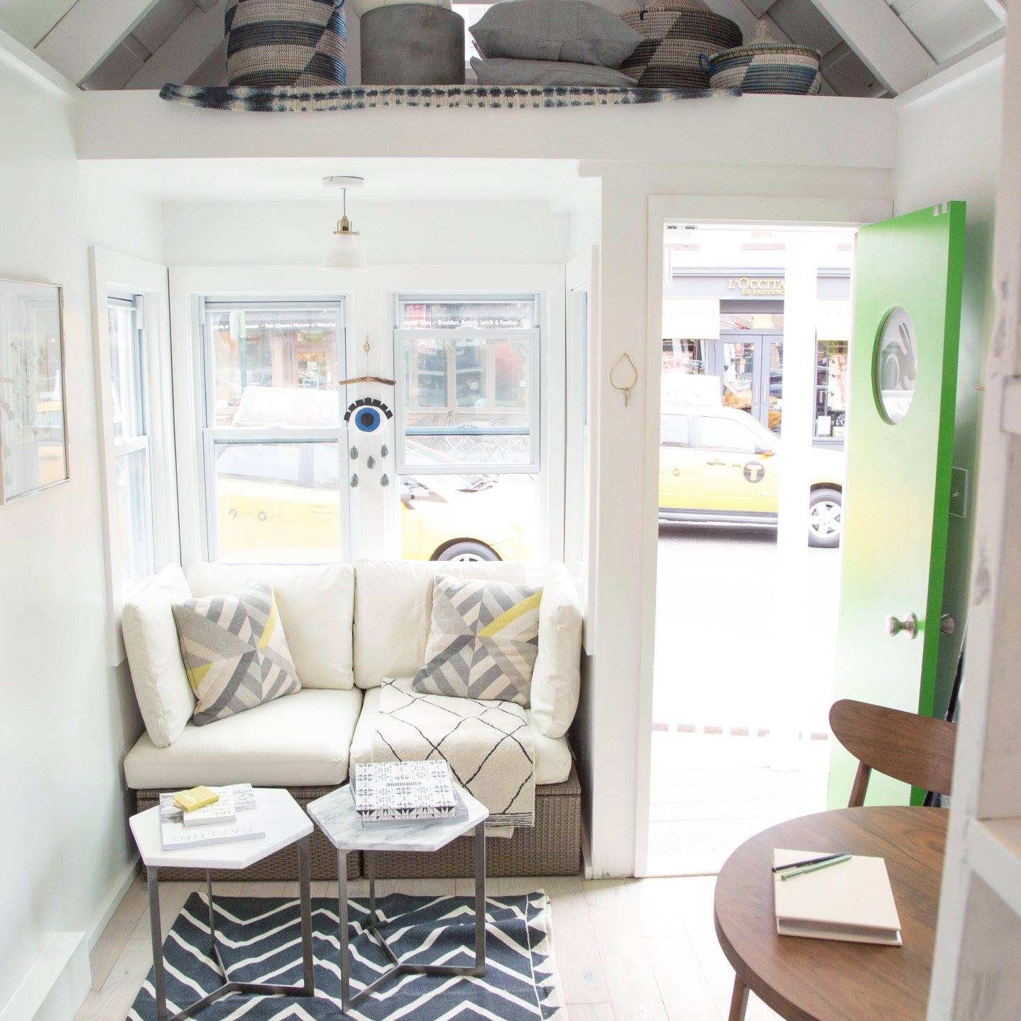 TINY HOUSE TOWN: NYC Tiny House Built in 72 Hours
