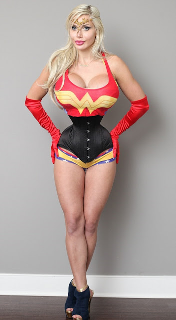 pixee fox wonder woman