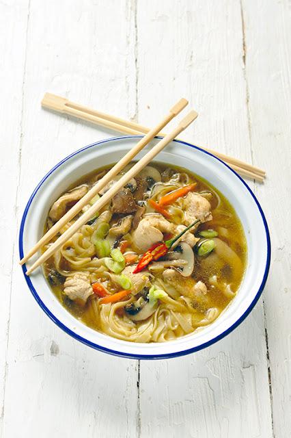 Soupe chinoise aux nouilles et au poulet au Cookeo