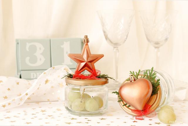 presentar-uvas-nochevieja-bote-reciclado-adornos-pegados-tapa
