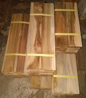 Gambar Flooring kayu jati grade putih