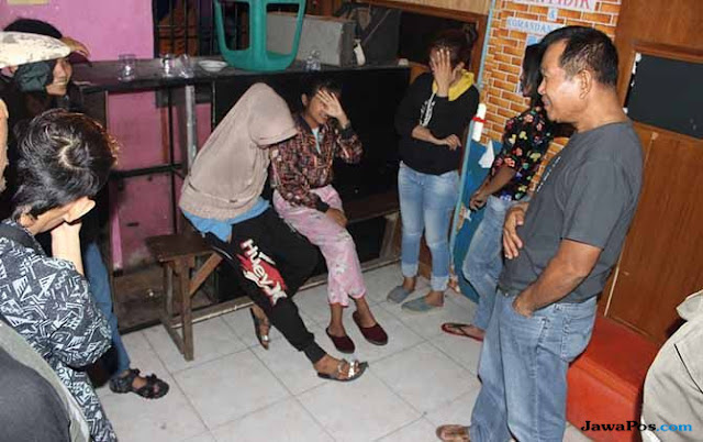 10 Terduga Lesbian Ditangkap Satpol PP Padang