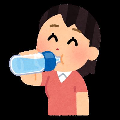 水分補給をする人のイラスト(女性・ペットボトル)