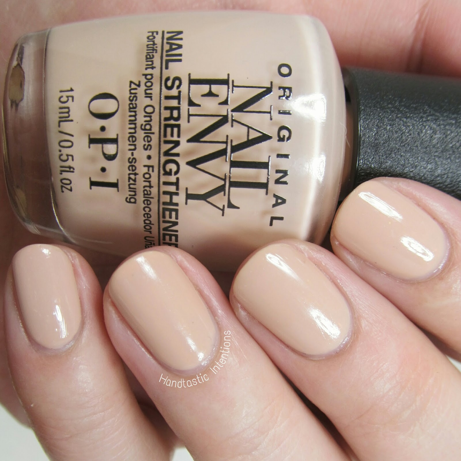 Handtastic Intentions: OPI Nail Envy Treatment in Samoan Sand