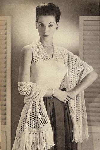 The Vintage Pattern Files - Free 1950's Knitting Pattern - Nykara Blouse and Stole