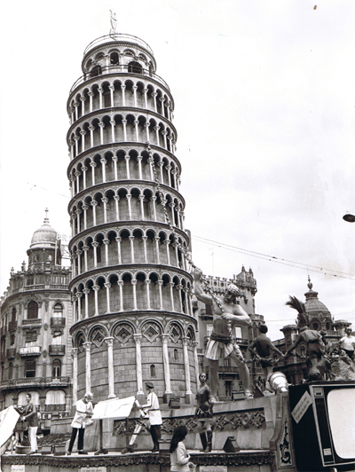 http://www.4shared.com/download/eTfdIgpMce/Torre_de_Pisa-1969-Frente.png