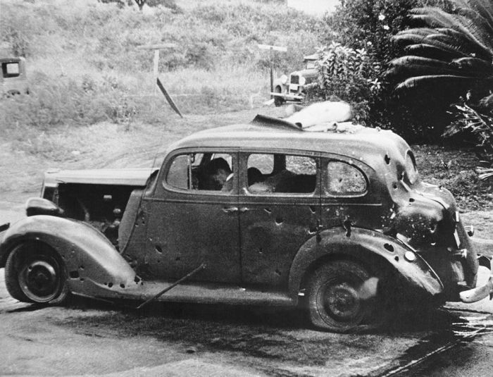 Rare photos of Pearl Harbour Attack - Rare Photo's Collections