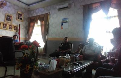 LSM TEGAR Laporkan Kepala Dinas PMD Lampung Timur ke Kejaksaan Negeri Sukadana