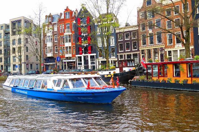 Cruzeiro pelos canais de Amsterdã