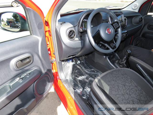 Novo Fiat Mobi - teste Quatro Rodas