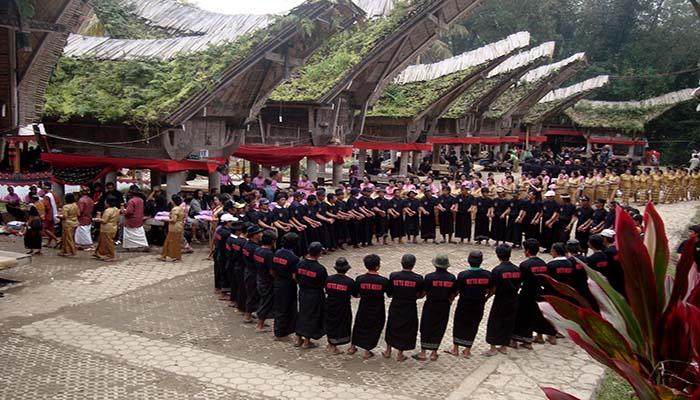 Tari Ma'Badong, Tarian Tradisional Dari Tana Toraja Sulawesi Selatan