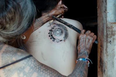 Whand-Od tatuando 2